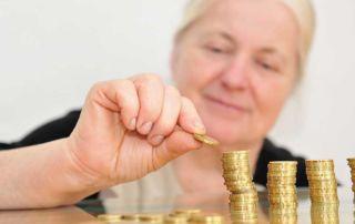 Private Krankenversicherung im Alter: So bleibt sie bezahlbar.